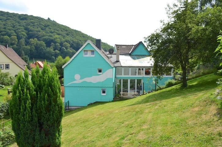 Haus am Bergflüsschen