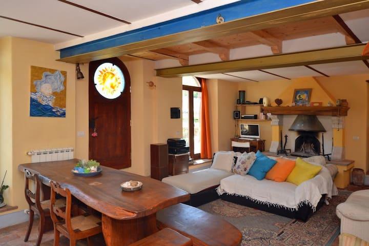 """Casa """"La Pianella""""per riposarsi e gioire"""