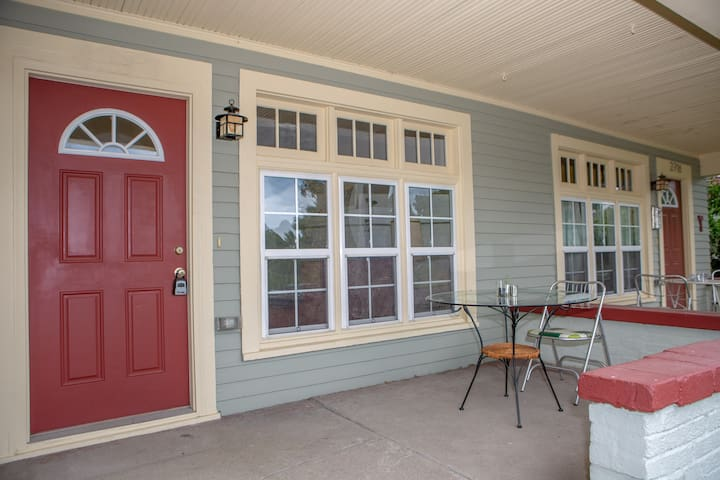Spacious 3-BR Townhome Near Most Indy Attractions