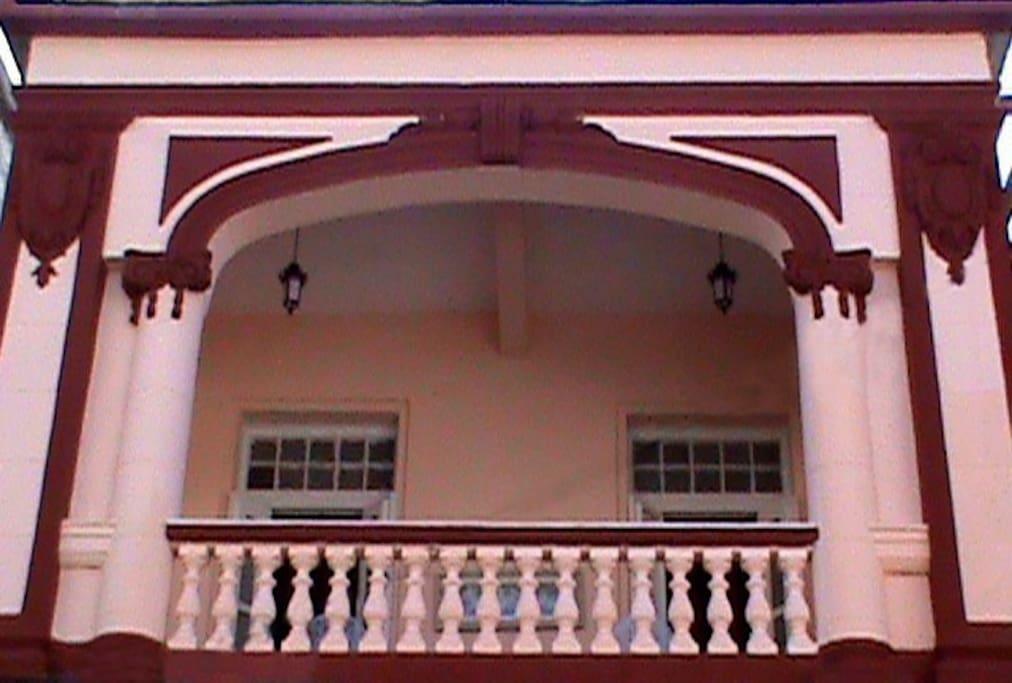 Fachada Hotal. Facade Hostel