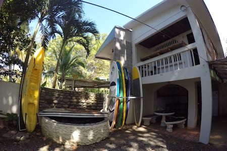 Casa de Playa - BACKDOOR CABIN - Jacó