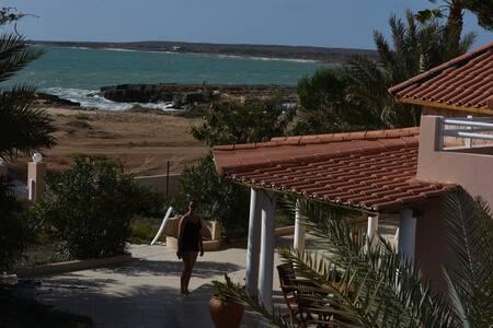 Luxury front line ocean villa direct beach access