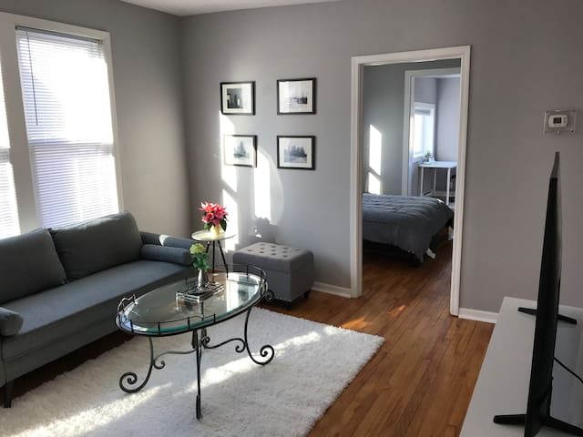Two Bed Apartment 926 #4 - Walk to UofMN