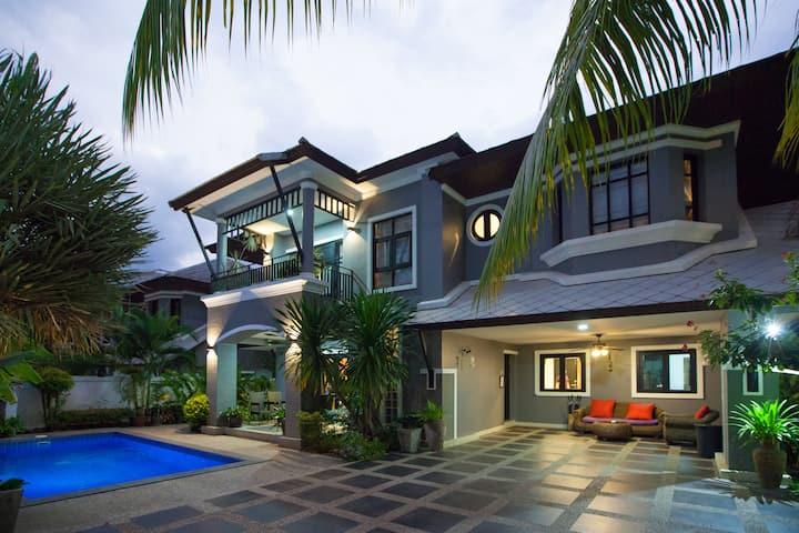 Baan Santhiya 3 Bedroom Villa (V2) - free tuk-tuk