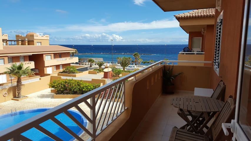 Beautiful Duplex with pool, parking, ocean view