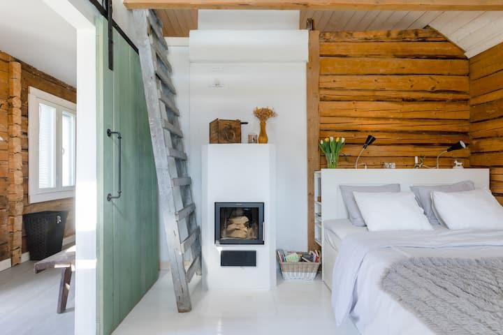 Romantic cottage with sauna