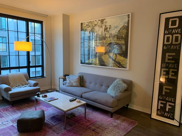 Luxury chic Dumbo condo with gym and doorman
