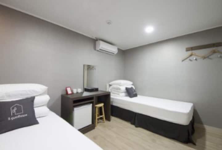 K-Grand Hostel Gangnam 1 - Standard Twin