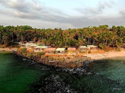 NUEVO Abidal Resort, bahía de Colomb, playa Patnem #2