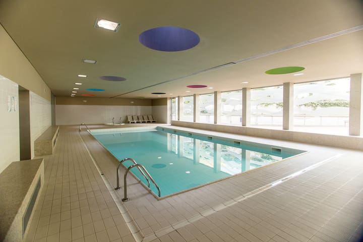 Afurada Premium Apartment - pool, gym & Spa
