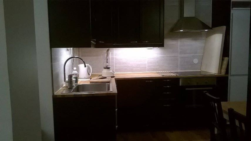 A room/apartment with good transport connections - Helsinki - Huoneisto