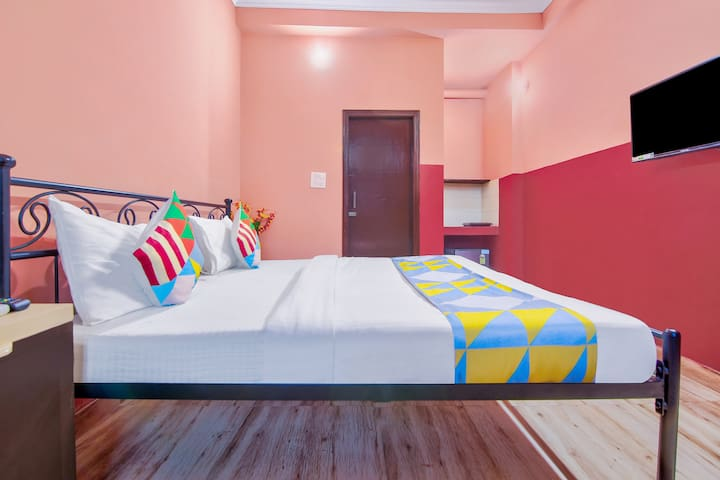 OYO Furnished 1BR Homestay in Dehradun