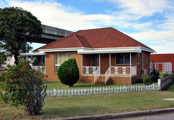 City Central Cottage