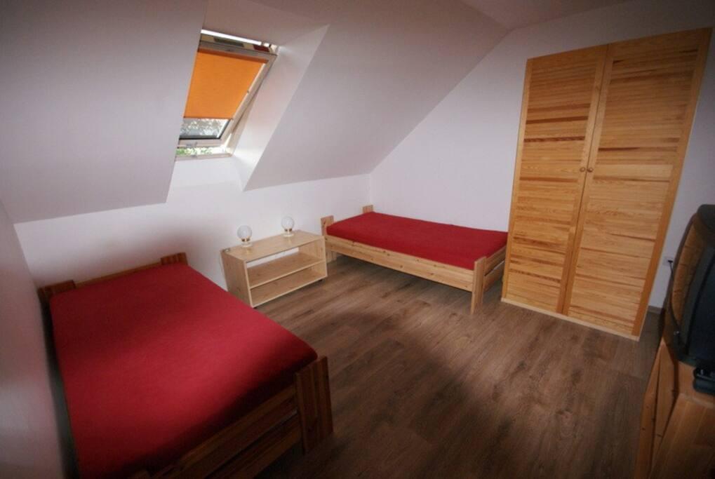 Ložnice levá - bedroom