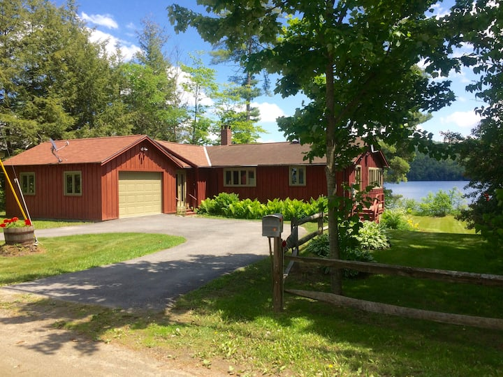 Modern Lake Fairlee Home & Level Lakeside Yard