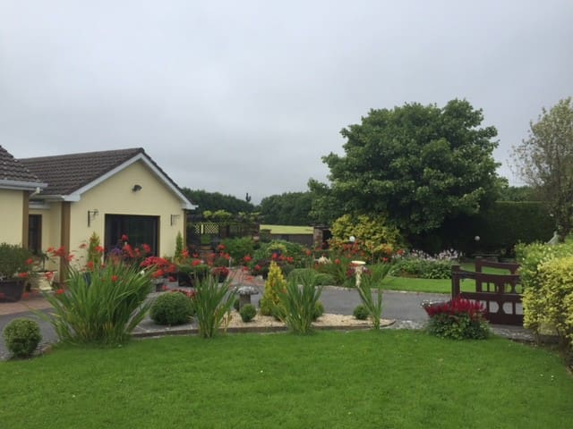 Country Retreat (Room 2) - Athenry