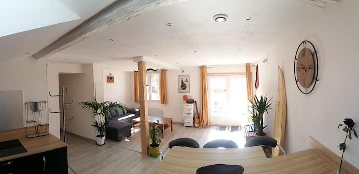 Tres bel appartement avec vue sur les montagnes