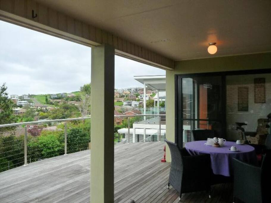 A spacious balcony, great spot for breakfast and dinner!