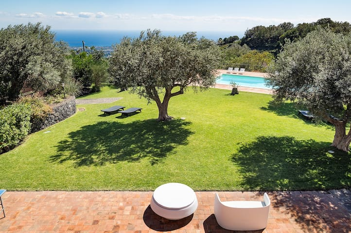 Villa Inessa - 12 Guests