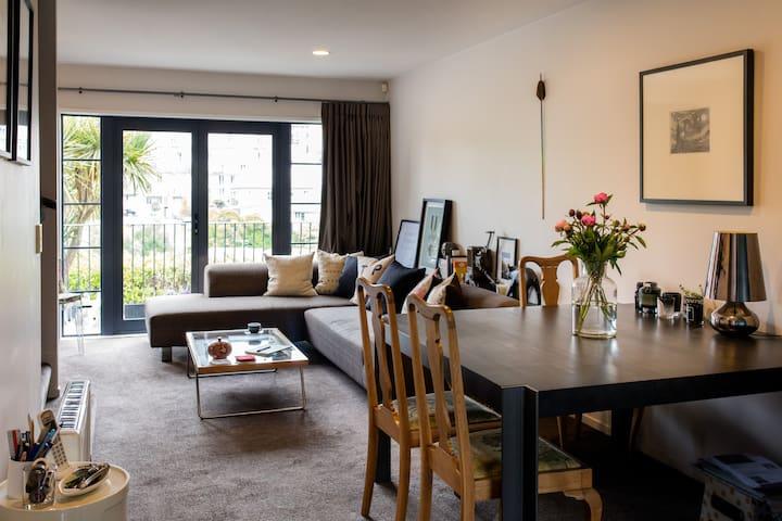 The Sky Tower Room, Eden Terrace - Auckland - Reihenhaus