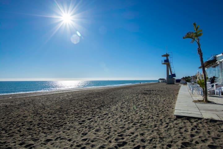 Carihuela&Sun: cozy loft by the beach
