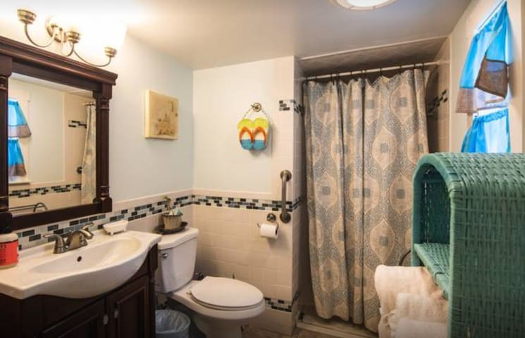Full bath shared with up to 2 other guests.