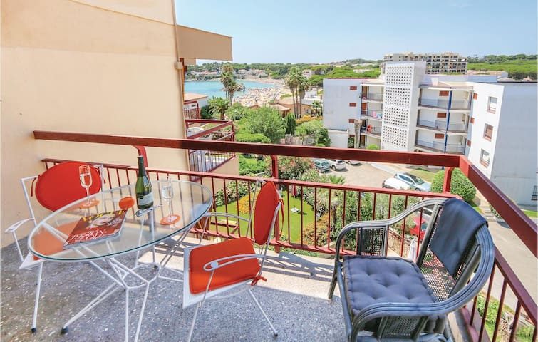 Holiday apartment with 1 bedroom on 35 m² in Palamós