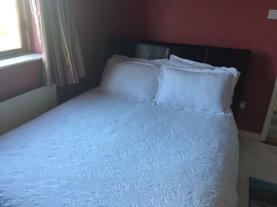 King size bed in Ensuite room