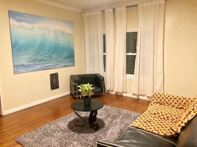 Centrally Located Condo in downtown Los Angeles