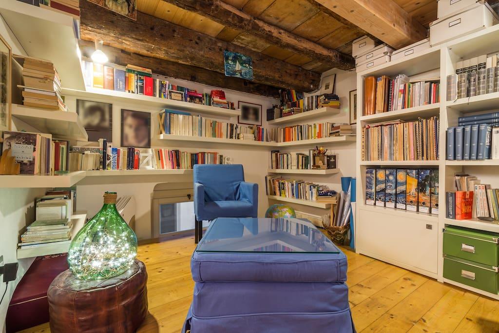 Al centro del centro storico appartamenti in affitto a for Centro soluzioni airbnb
