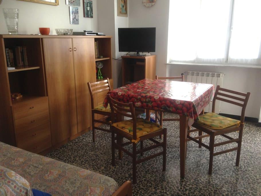 Sala da pranzo: il tavolo diventa doppio (2x1)