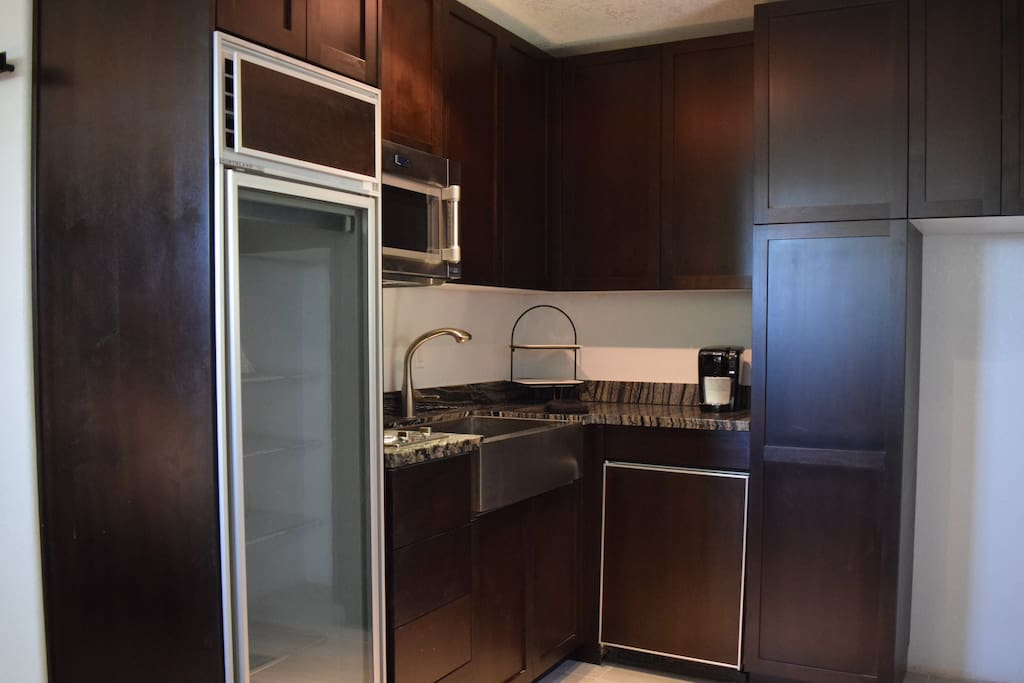 Beautifully renovated kitchenette.