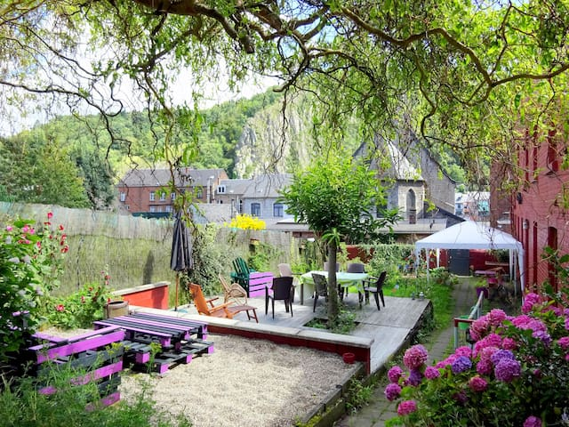 """THE GARDEN ROOM"" in DINANT"