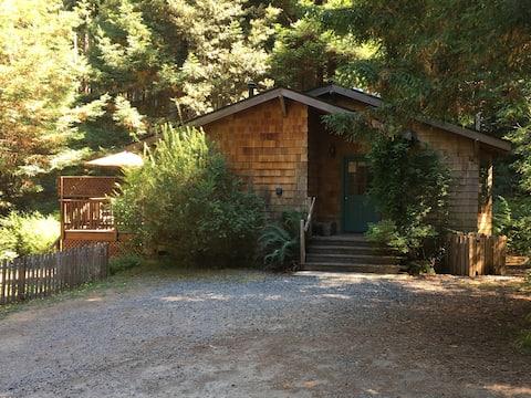 Mendocino Cottage
