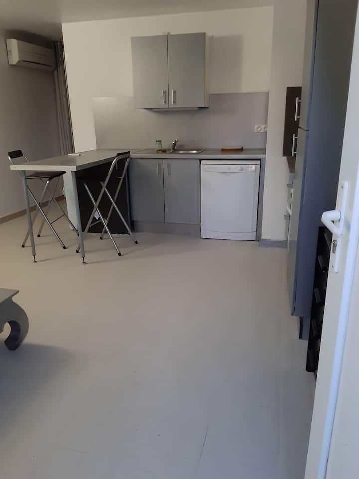 Appartement type f2, tous confort