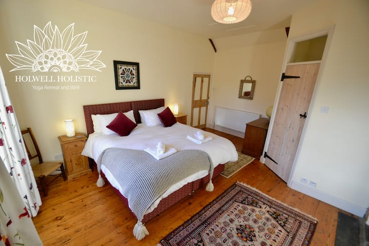 Super King/Twin Room in Yoga Retreat and B&B
