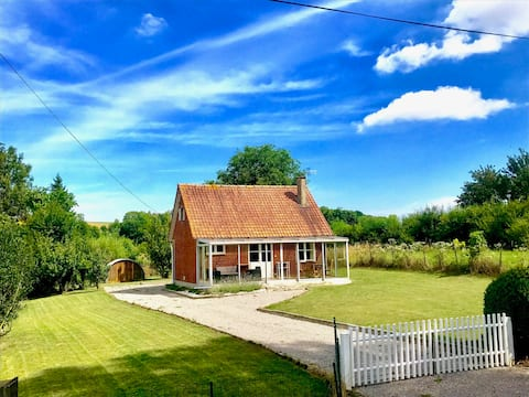 La Pequeña Casa en el prado - los 7 valles