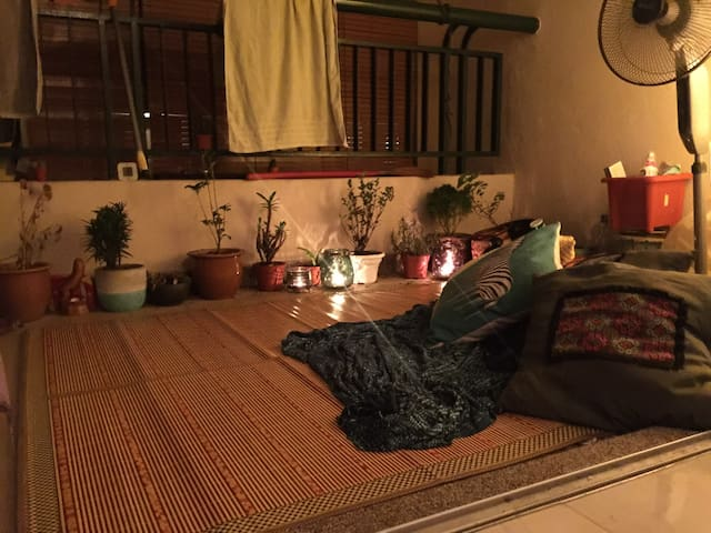 Relaxing Private room & bathroom @Seri Maya Condo