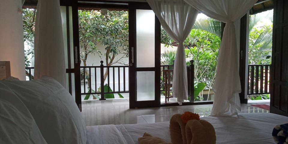 B&B Holiday Studio Apartments in Ubud
