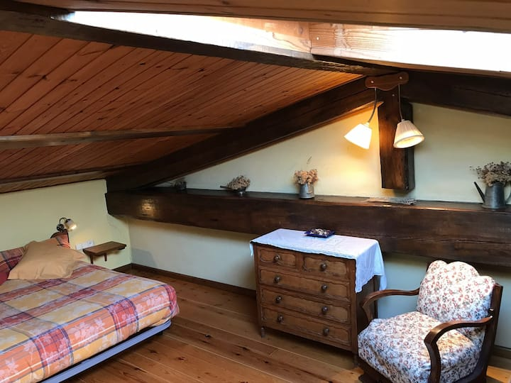 Duplex room 4p(+1) in the Pyrenees (Restaurant)