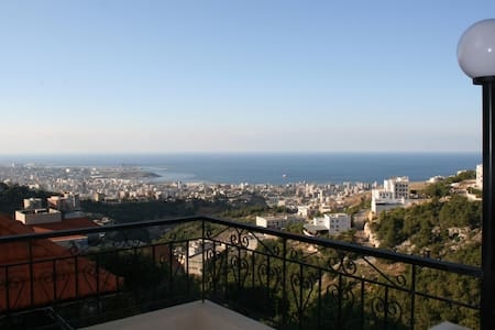 Sea View Apartment, 10 min to Down Town - Beirut Governorate - Wohnung