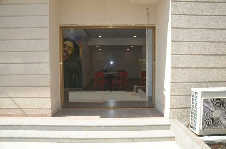 rented cozy apartment-manas luxuria - Igatpuri - Lägenhet