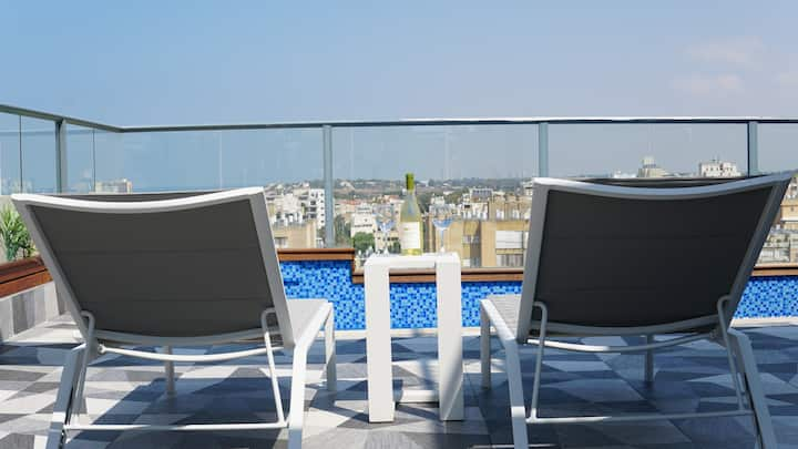 Luxury Rooftop Apartment in Netanya