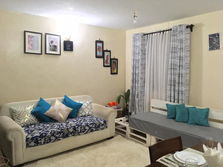 Homely Homestay - Country Living In The City