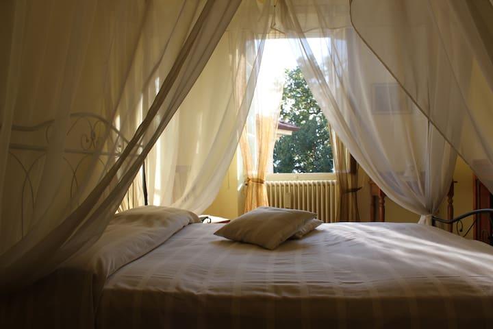 Villa San Siro 3 bedrooms Lake Como - Santa Maria Rezzonico - Dům