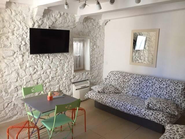 studio St Tropez ,au coeur du village