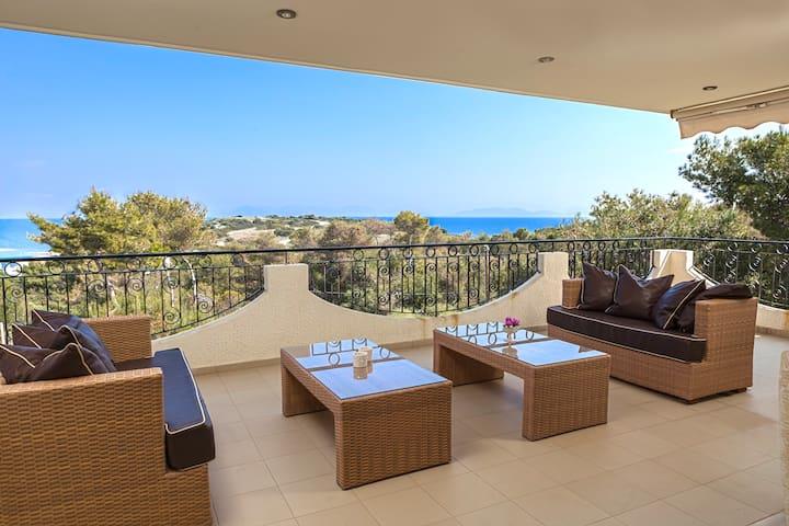 Gorgeous views of the sea! - Chamolia - House