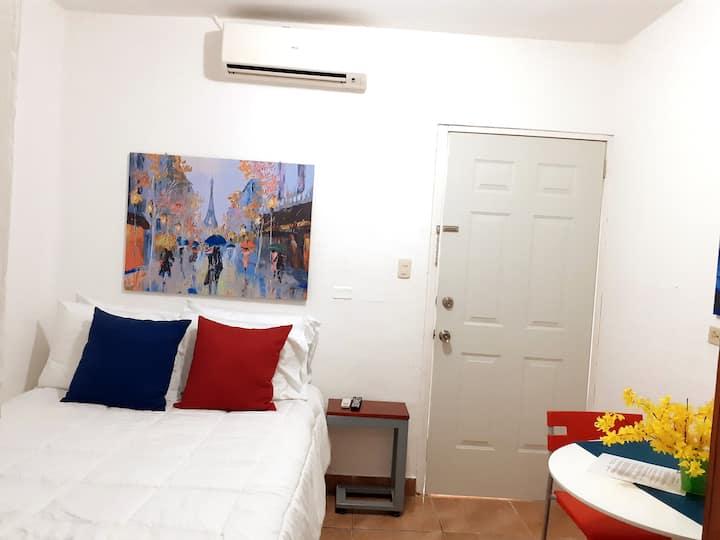 Nice, quiet and clean studio in Managua D