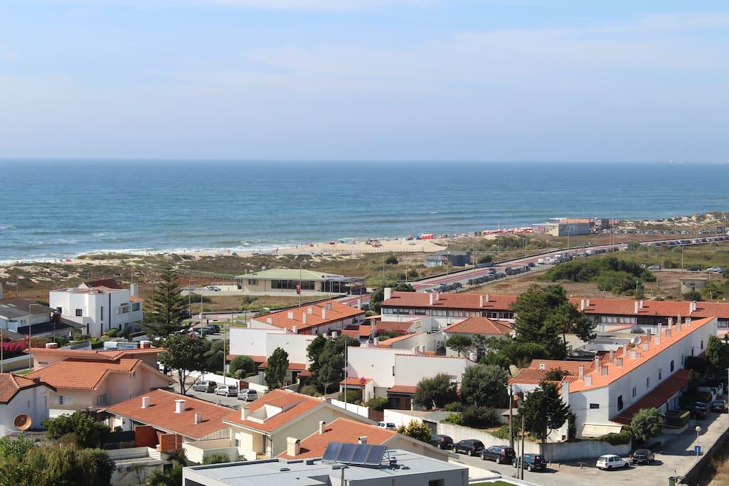 Vista praia e mar terraço da entrada principal