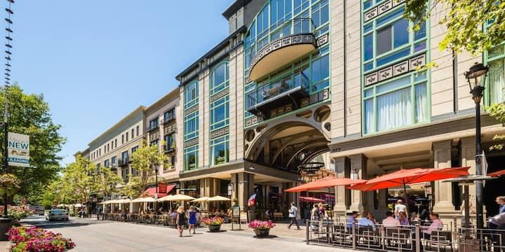 Santana Row Luxury Executive Loft 2BR